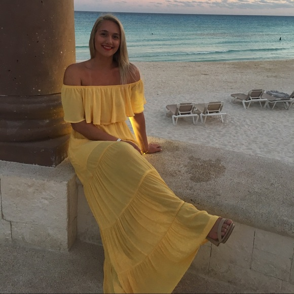 Forever 21 Dresses & Skirts - Yellow Maxi Dress